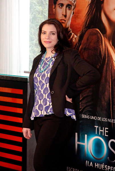 "Stephenie Meyer ""The Host"" (""La Huesped"") Madrid Photocall"